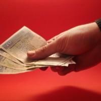 Czy warto wziąć kredyt?